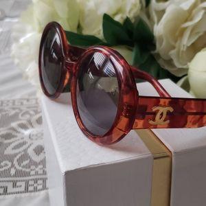 CHANEL 🕶 Sunglasses